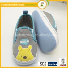 2015 el bebé al por mayor encantador de la venta caliente embroma los zapatos
