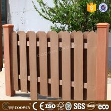 Composite naturel WPC bordant la clôture de balcon