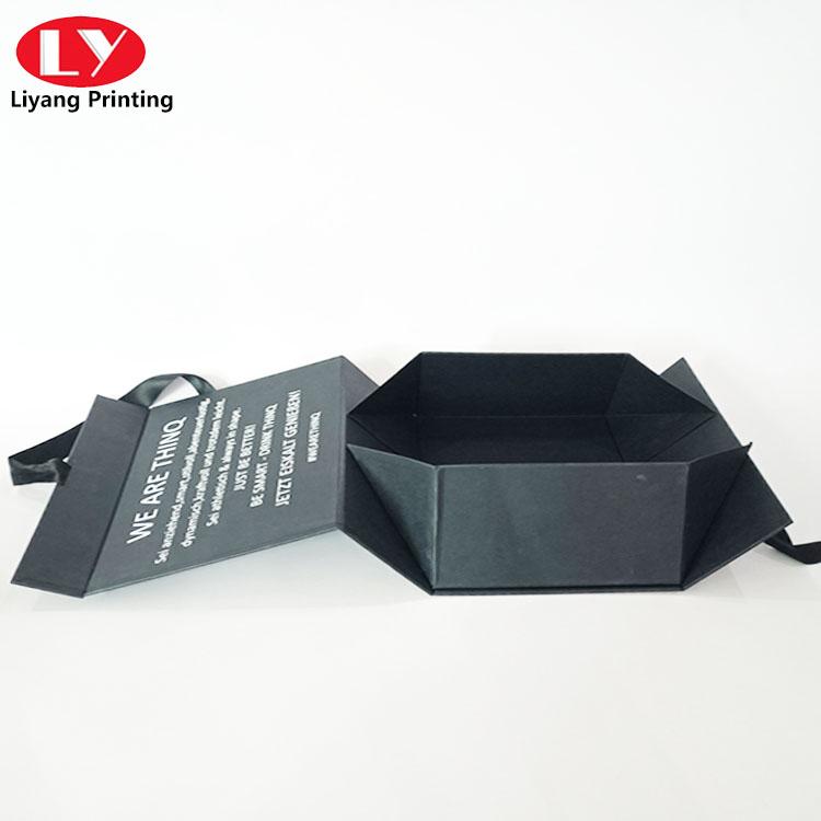 Food Box With Ribbon