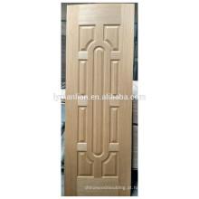 pele de madeira natural decorativa da porta do folheado