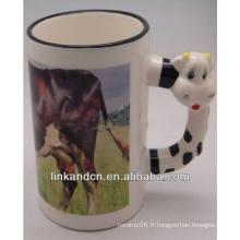 Haonai 11 oz belle vache manipule des tasses en céramique avec votre design