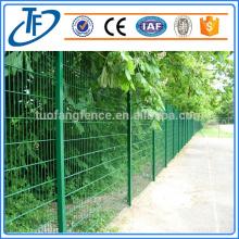 Alta calidad soldada 2D cerca de sistema de alambre doble valla cerca de seguridad