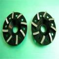 meules noires en béton turbo