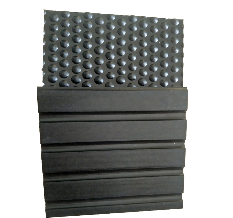 Rubber horse stable matting