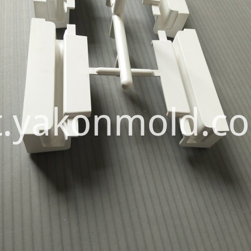 Making Plastic Mold Automotive Accessory