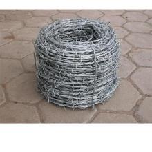 Arame farpado revestido de PVC ou galvanizado