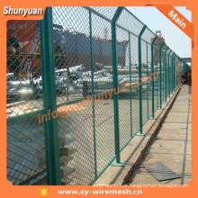 Fábrica de SHUNYUAN! Vedação de malha de arame revestida de PVC