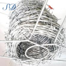 Vente chaude 500 mètres de longueur de fil barbelé par rouleau
