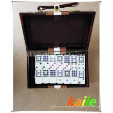 Paquete de dominó blanco doble nueve en caja de cuero