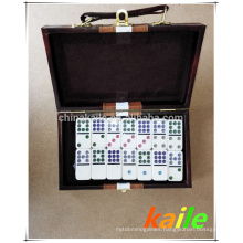 Double nine white domino pack in leather box