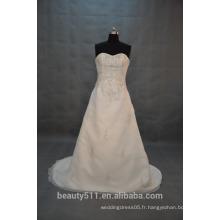 EN STOCK Robe de mariée en robe sans bretelles Robe de mariée en raideur SW09
