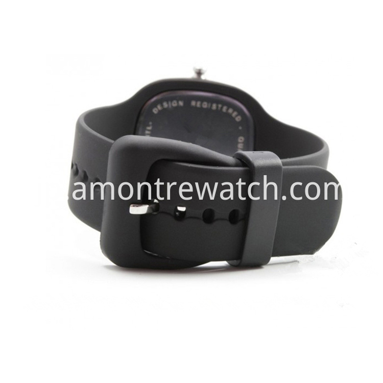 zero squar digital watch