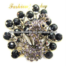 Charming Lady's Peacock Design Brooches BR02
