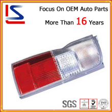 Lámpara trasera para Nissan Urvan / Caravan E-24 ′02 E-25 ′05 / E25 ′07