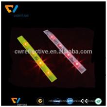 Dongguan nouvelle version réfléchissante slap bande de poignet d'emballage et de sécurité brassards réfléchissants LED