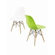 Silla Eames/Plastic Chair by Eames 1028c