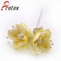 Bela real olhando amarelo matéria-prima para flores artificiais