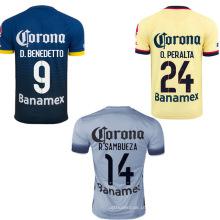 Camisa de futebol com nome personalizado e não.