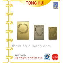 Placa / ornamento decorativo em metal em branco para qualquer necessidade personalizada