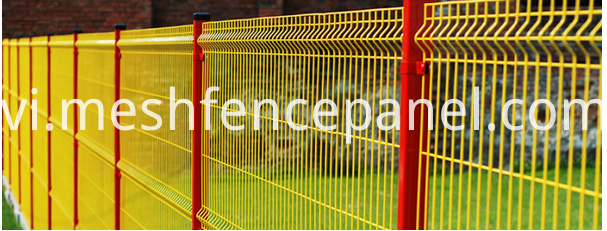 green 3D fence