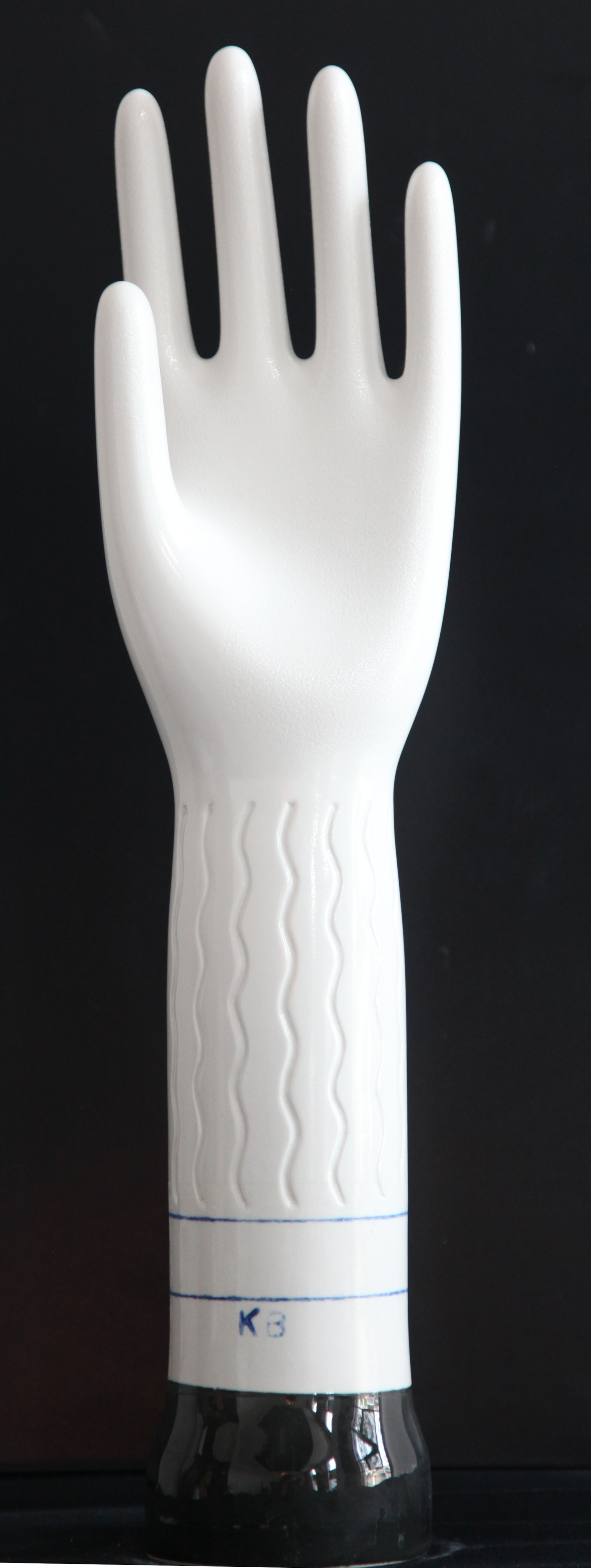 Full Glazed Surgical Former with Wave Pattern