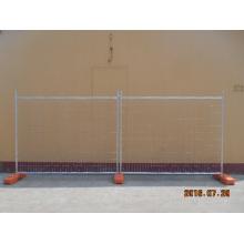 Временный забор из оцинкованной стали для строительства