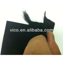 Tissus ou feutres filtrants non tissés à charbon actif