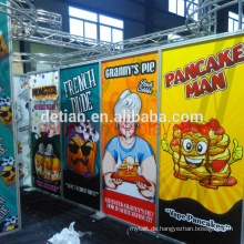 Saria bietet Messestandsystem für Vape Fiends, Acrylwand für die Messe