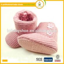 Nouvelle arrivée chaude venteuse semelle douce belle chaude hiver crochet tricot bottes chaussures bébé