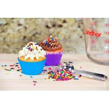Custom BPA Free Food Grade Coloré Maison Outils de bricolage résistant à la chaleur Flexible Non-Stick Soft Baking Silicone Muffin Cups