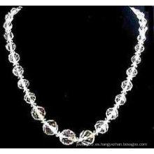 Collar redondo de las perlas del cristal