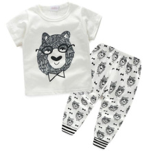 Baby Fashion Suits with T-Shirt and Pants in Children Clothes