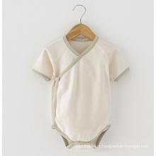 Macacão de bebê de algodão orgânico macio e agradável