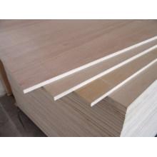 Madeira compensada lisa decorativa ou madeira compensada da mobília