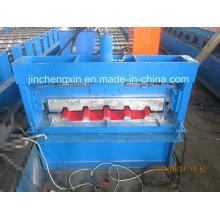 Machine de fabrication de panneaux métalliques