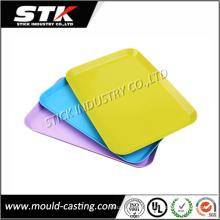 Plateaux en plastique de rectangle de moulage par injection adaptés aux besoins du client d'OEM pour des appareils ménagers