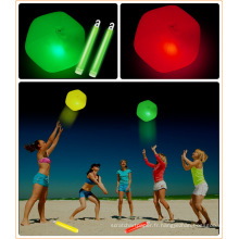 lueur dans la boule de rebond foncée boule de lueur led boule de plage