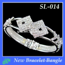 Yiwu New Fashion bangle shine Latest Gold Chunky bracelet