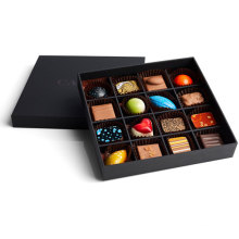 Boîte à chocolats personnalisée avec nœud papillon