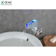 High Body Single Handle Waterfall Смеситель для раковины из латуни (QH0615HAF)