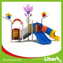 Liben Play Attractive case maison parc terrain de jeu avec caoutchouc mat plancher