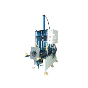 Automatische Ein- und Ausstiegsstation Wicklung Endformmaschine