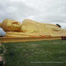 Bañado en oro pequeño gran estatua de Buda que duerme