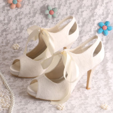 Ribbon Tie Lace Bridal Shoes Gading