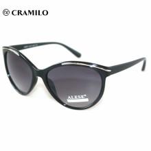Kundenspezifische Brillenfertigung einteilige Sonnenbrillen mit weißem Etikett