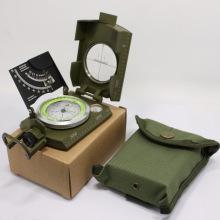 Boussole multifonction de l'armée de l'équipement de survie en métal