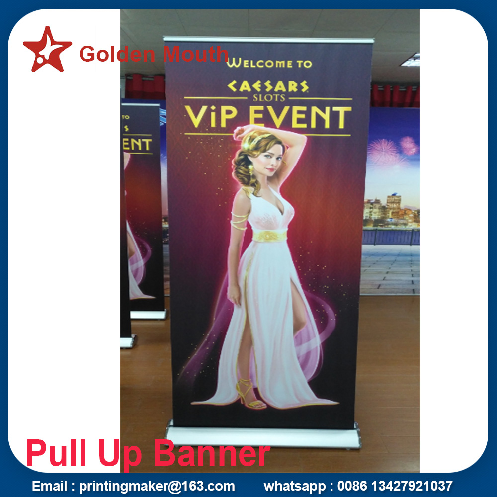 roll up stand with printed banner