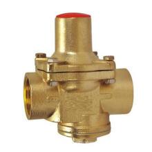 Réducteur de pression carré en laiton
