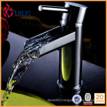 2015 New single handle brass royal faucet
