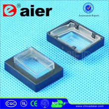 Quadratischer Wippschalter mit wasserdichter Abdeckung